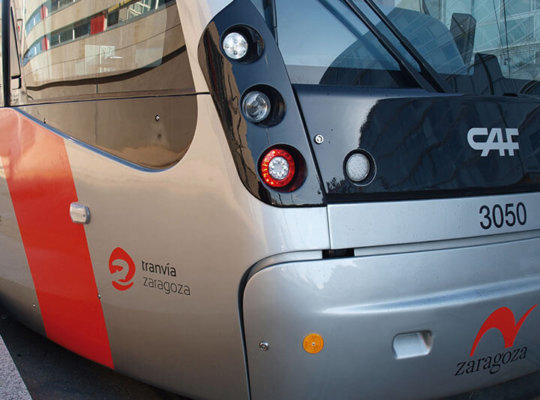 Impresión digital rotulación tranvía en Zaragoza